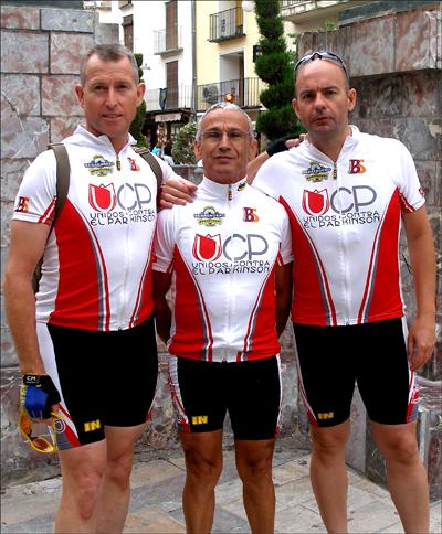Componentes del equipo en un viaje de Aljucer (Murcia) a Lloret de Mar (Gerona) esta pasado mes de Julio de 2010. De izquierda a derecha : José Matas Abellán, Pedro Martínez Pujante y Ricardo López Rubio.
