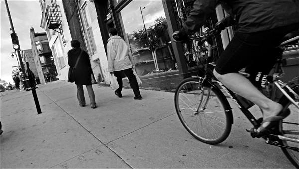 sidewalk-bike